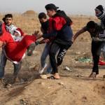 TERRITORI OCCUPATI. Due morti e decine di feriti ma la protesta palestinese non si spegne