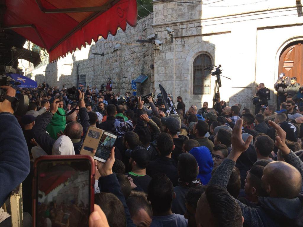 Marcia nella Città Vecchia di Gerusalemme (Foto: Michele Giorgio/Nena News)