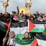 GERUSALEMME. Nuovo venerdì di proteste palestinesi contro Trump