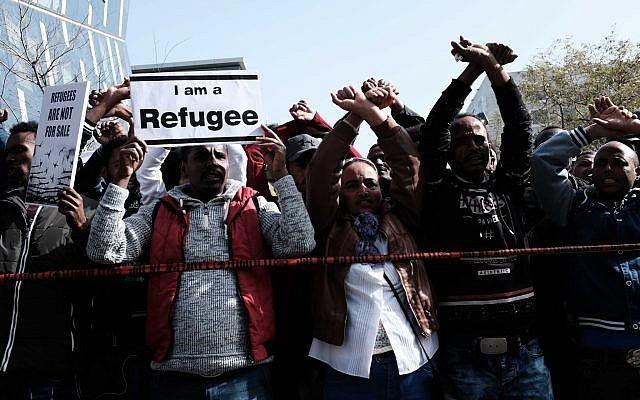 Protesta dei rifugiati ieri
