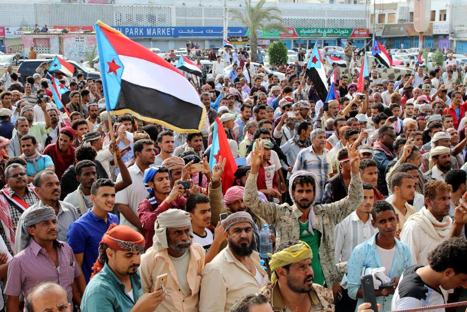 La manifestazione secessionista di ieri ad Aden (Foto: Reuters/Fawaz Salman)