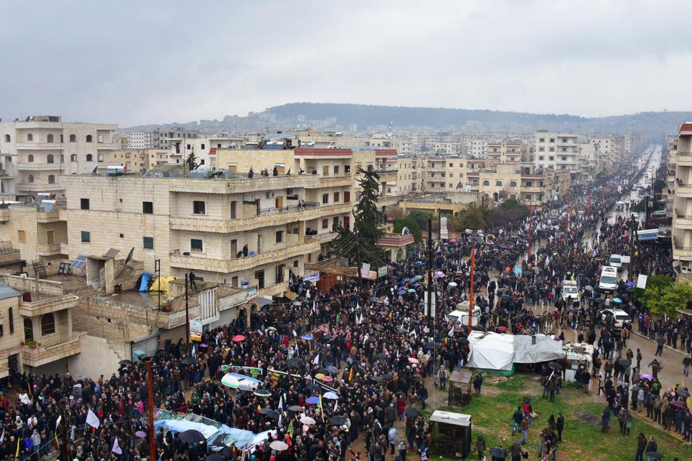 La manifestazione di ieri ad Afrin (Foto: AnfEnglish)
