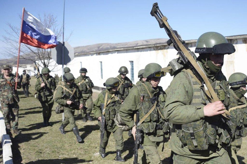 Soldati russi impegnati in Siria. (Foto tratta dal sito Masdar News)