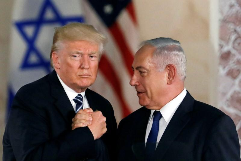 Il presidente Usa Trump (sinistra) con il premier israeliano Netanyahu. (Foto: Reuters)