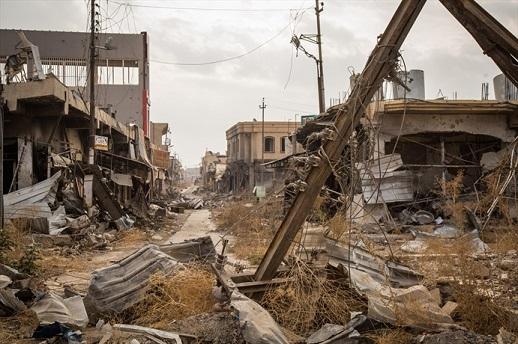 Distruzione nella città di Bartella, nord dell'Iraq