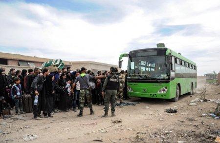Evacuazione degli islamisti nella Ghouta (Foto: Reuters)