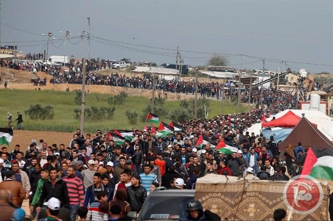 La marcia del ritorno ieri a Gaza (Foto: Ma'an News)