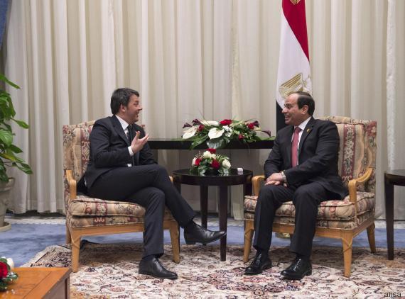 L'ex primo ministro italiano Renzi con il presidente egiziano al-Sisi nel 2015 (Foto: Ansa)