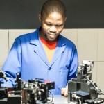 PRIMO MAGGIO. L'Africa nel lavoro delle donne, dei medici e delle miniere di diamanti