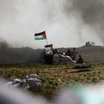 """""""Gioventù ribelle"""" e cecchini. Israele bombarda Gaza"""