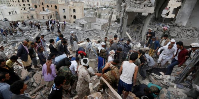 Raid saudita in Yemen (Foto: Yemenpress)