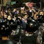 GIORDANIA. Una settimana di proteste, via il premier