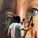 CISGIORDANIA. Rilasciata Ahed Tamimi, espulso lo street artist Jorit