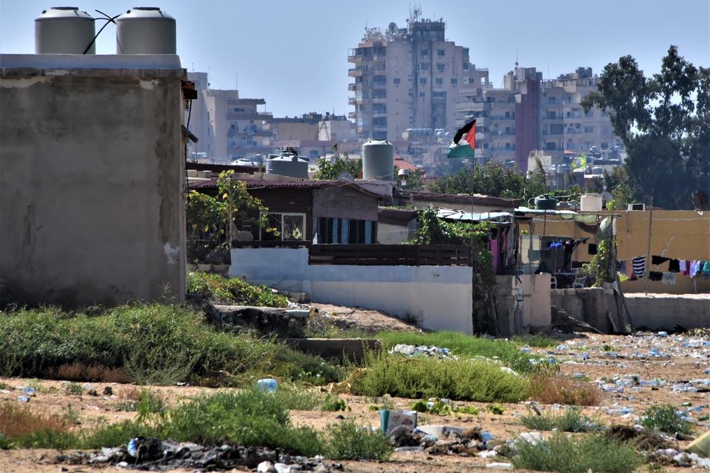 Una comunità palestinese a Tiro (Foto: Maria Luisa Colli/Nena News)