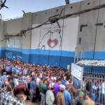 Migliaia di palestinesi continueranno a lavorare in Israele