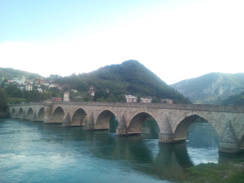 Il ponte sul fiume Drina