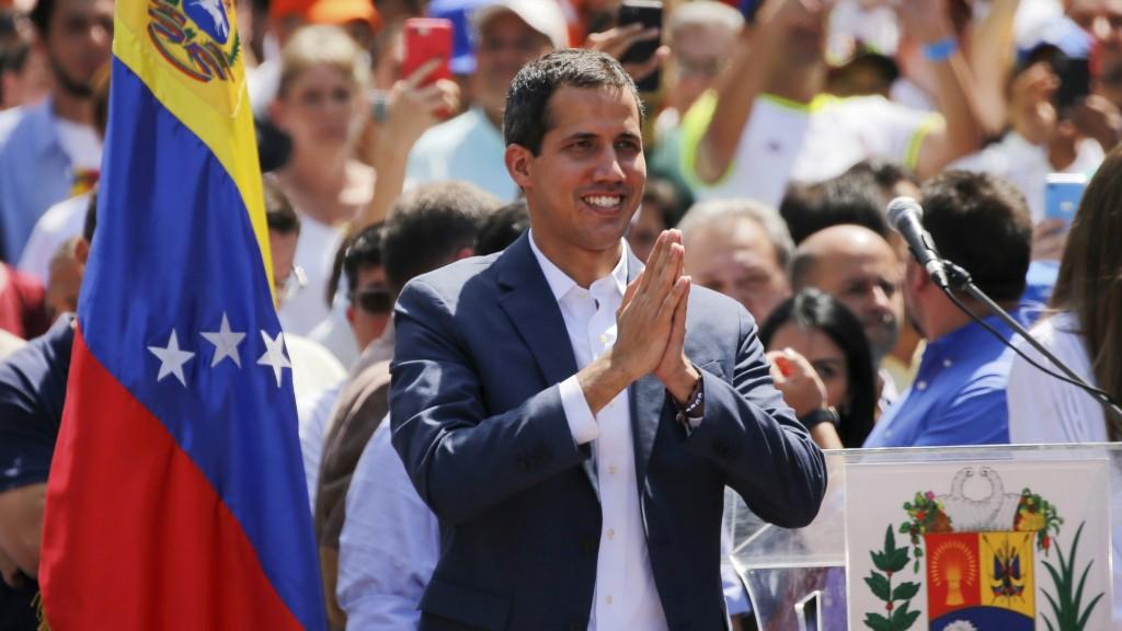L'autoproclamato leader venezuelano Juan Guaido