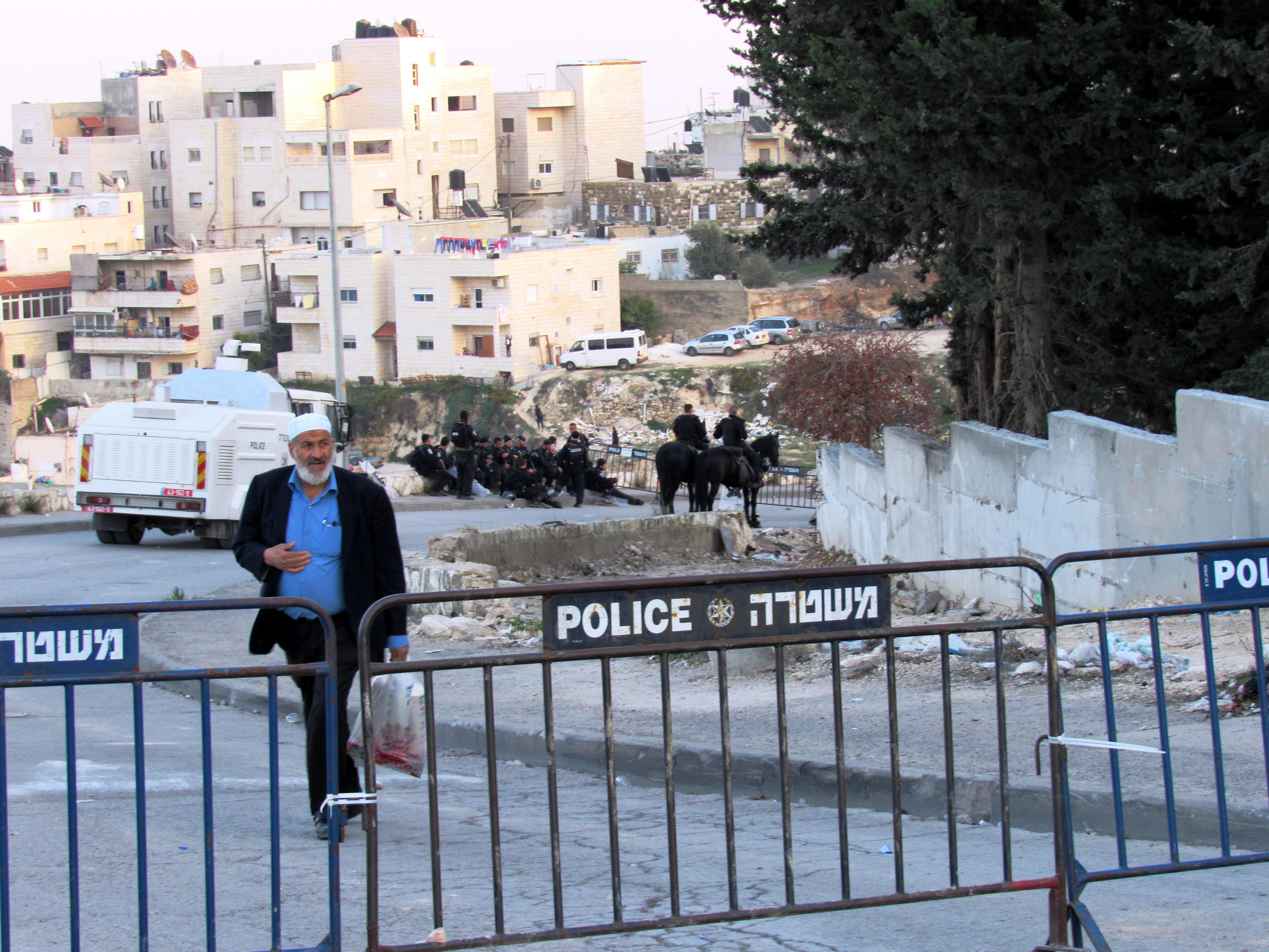 Il quartiere palestinese Issawiya a Gerusalemme est  (Foto: Chiara Cruciati/Nena News)