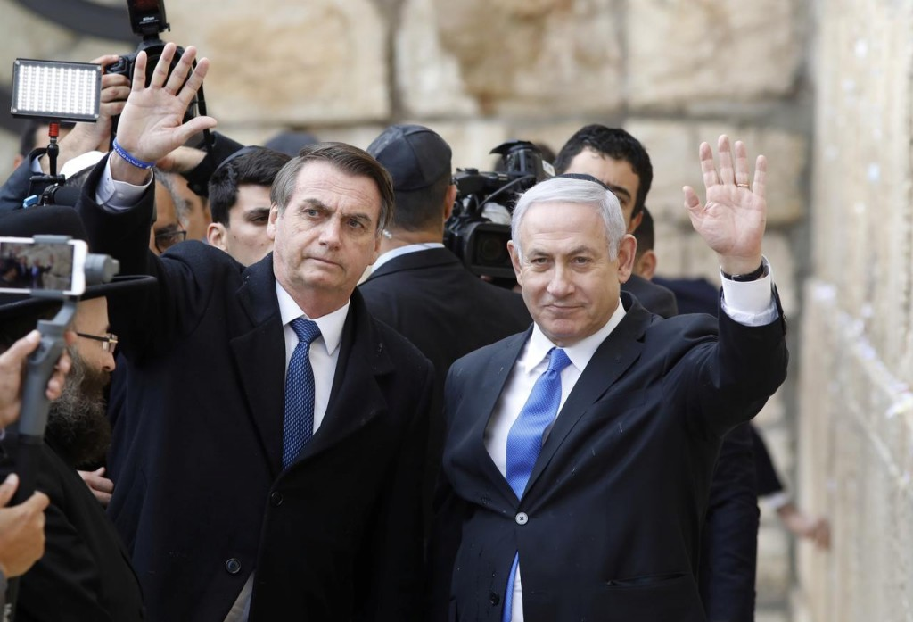 Il presidente brasiliano Bolsonaro (sinistra) con il premier israeliano Netanyahu. (Foto: Reuters)