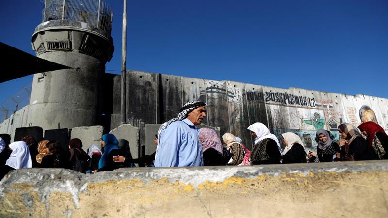 Checkpoint di Qalandya (Foto: Reuters)