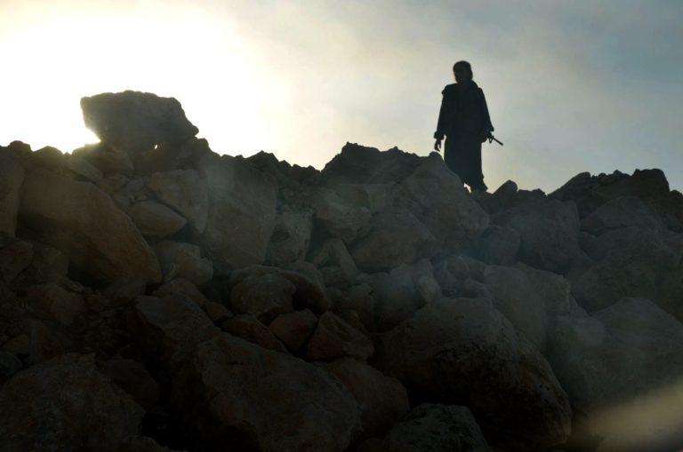 Un combattente nel Kurdistan iracheno (Foto: Mirca Garuti)