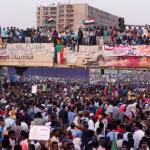 SUDAN. Prima contro Bashir, ora contro il golpe: le piazze non si svuotano