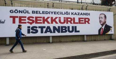 I manifesti di ringraziamento dell'Akp a Istanbul (Fonte: Twitter)