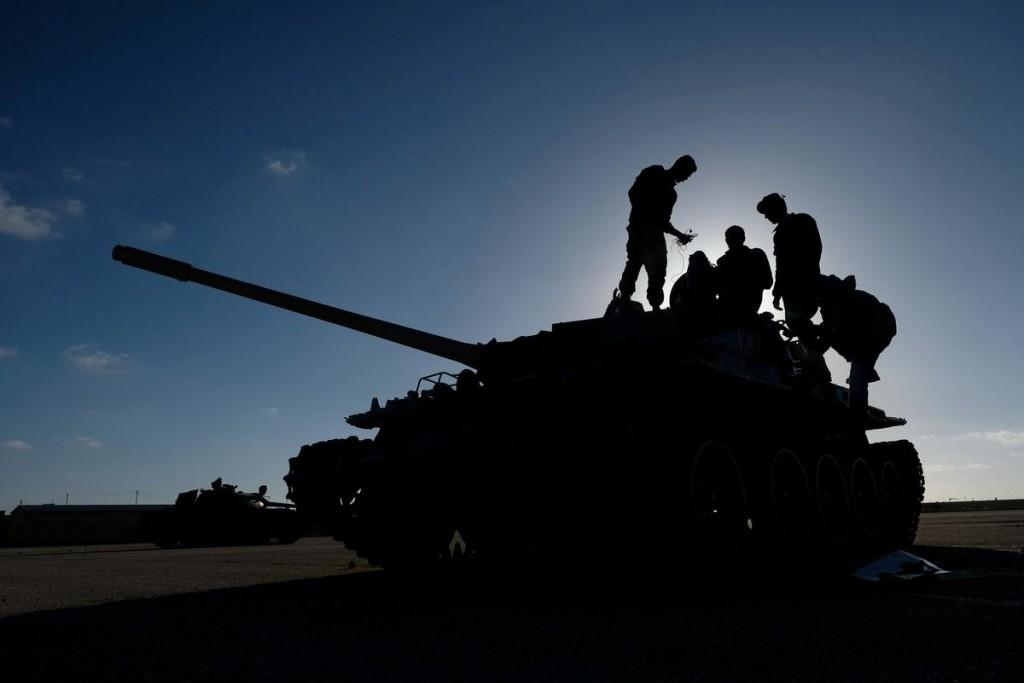 Carro armato dell'Lna. (Foto: Reuters)