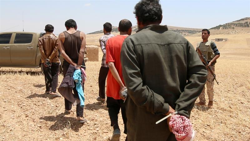 Presunti miliziani dell'Isis detenuti dalle Sdf (Foto:  Rodi Said/Reuters)