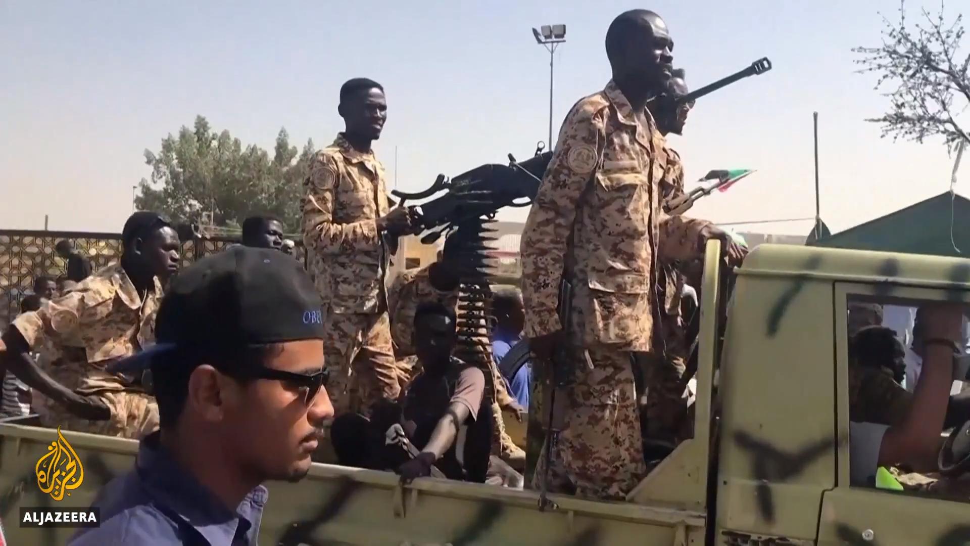 Le Rapid Support Forces per le strade di Khartoum   (Fonte: Al Jazeera)