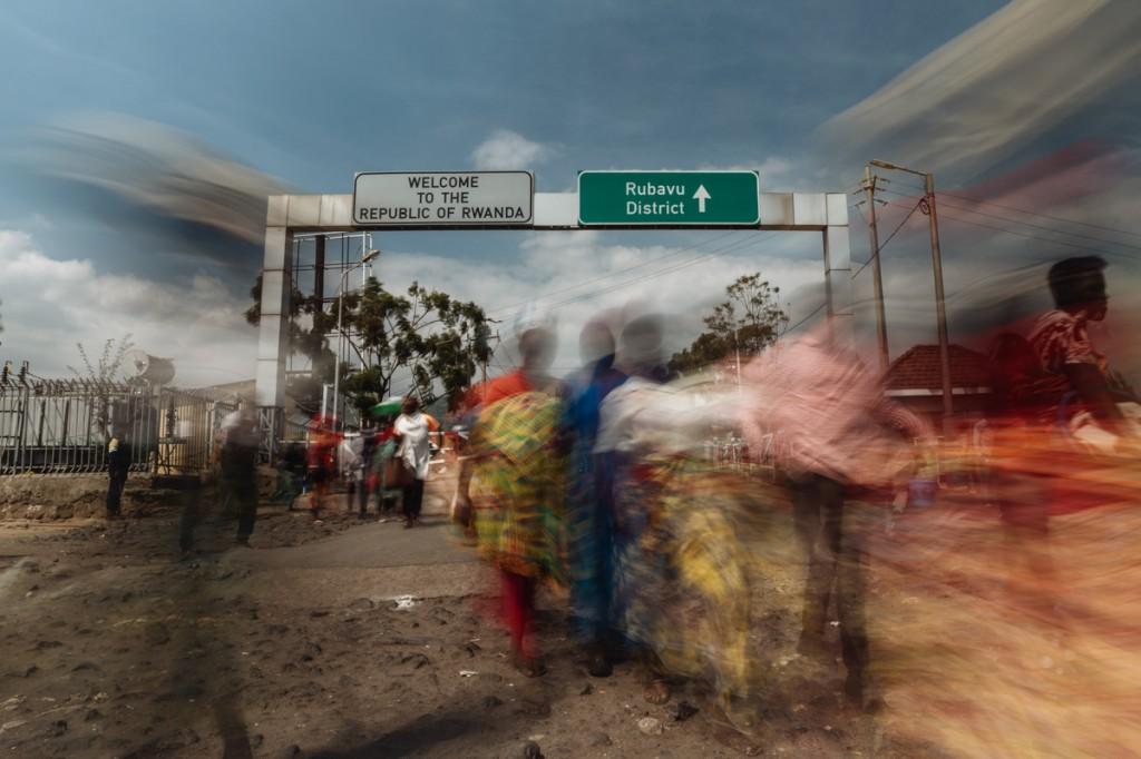Confine tra RDC-Rwanda  adesso sotto controlli ferrati per il focolaio di ebola. (Foto: al-Jazeera)