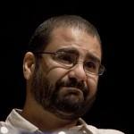 EGITTO. Alaa Abdel Fattah picchiato e  minacciato in carcere