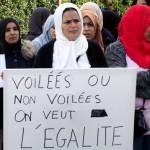 Dal colonialismo alla Laicité: la Francia continua a fare la guerra alle donne musulmane