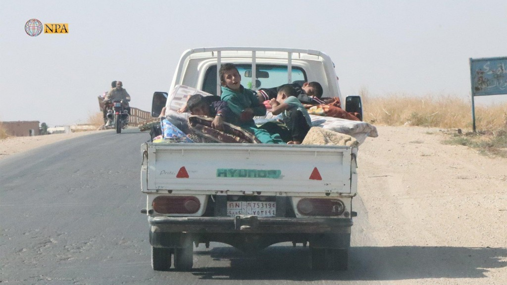 Civili curdi in fuga (foto NPA)