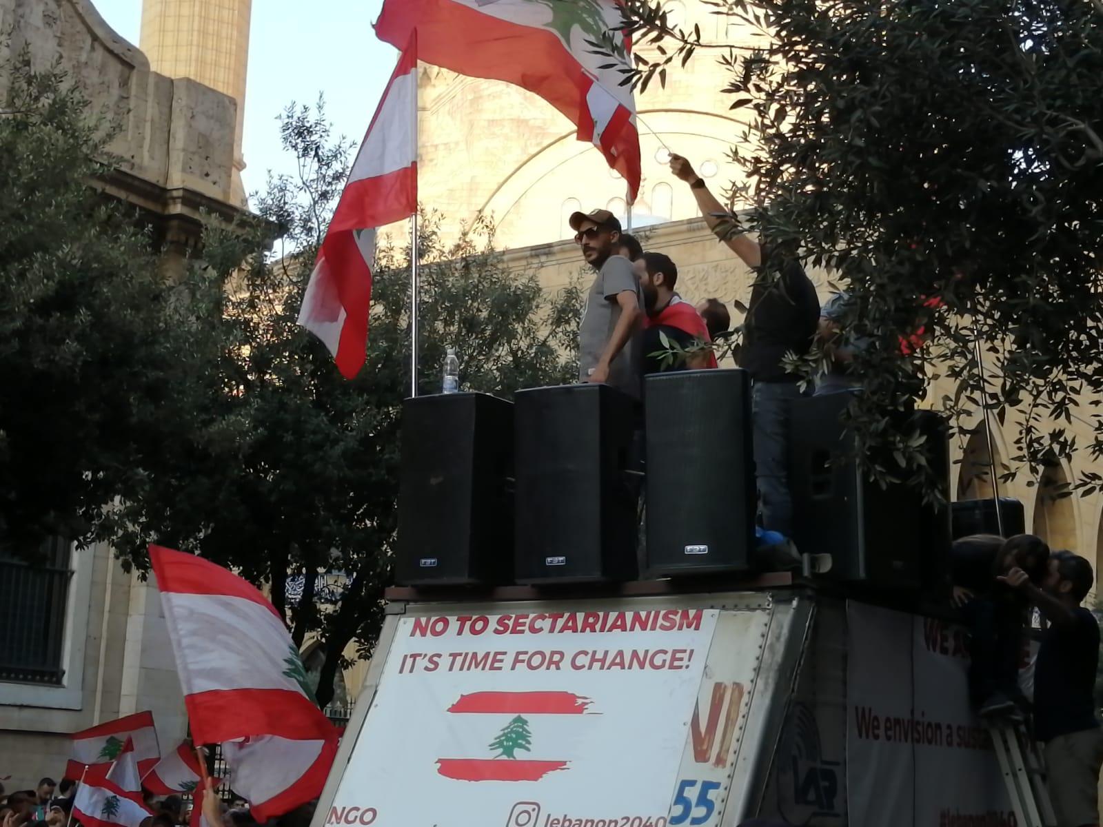 La lotta al sistema confessionale al centro delle proteste (Foto di Roberto Renino/Nena News)