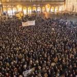 EGITTO. In migliaia in piazza a Bologna per Patrick Zaki