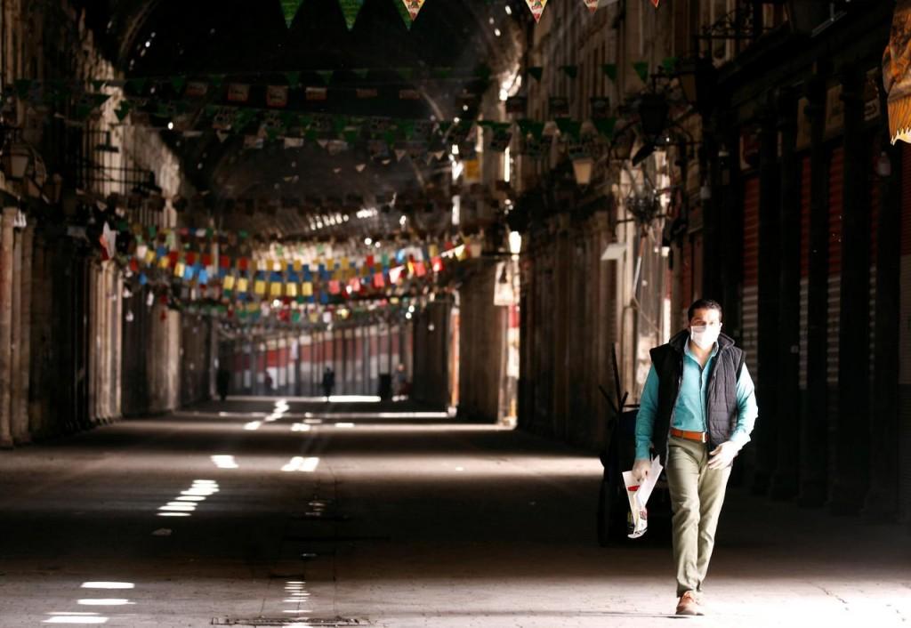 Suq al-Hamidiyeh di Damasco chiuso per il Covid (Foto: Reuters)