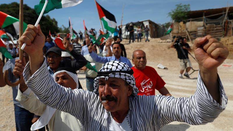 Protesta dei palestinesi in Cisgiordania contro le politiche israeliane (Foto: Reuters)