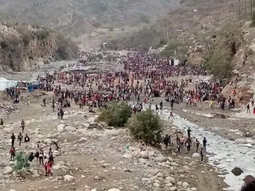 I migranti etiopi bloccati nella valle di Al- Raqou, tra Yemen e Arabia Saudita