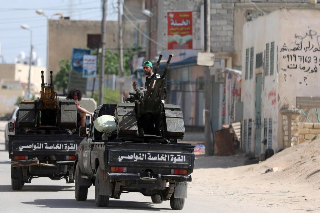 Forze armate del Gna a Tripoli (Foto: Reuters)