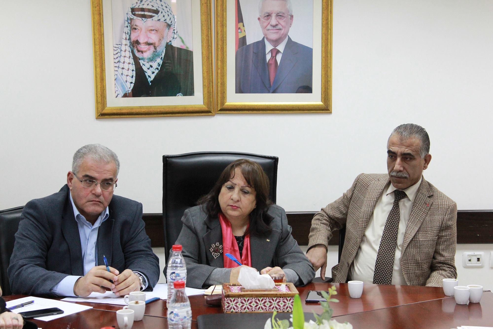 La ministra alla salute palestinese Mai al-Kaila, (Foto tratta dalla pagina Facebook Dr. Mai AlKaila د. مي كيله)