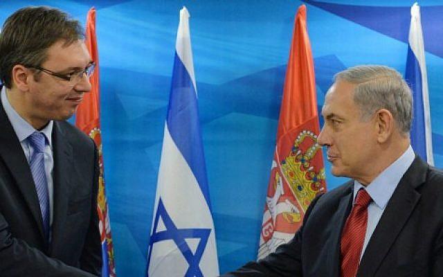 Il premier israeliano Netanyahu con quello serbo Vucic in un incontro a Gerusalemme nel 2014