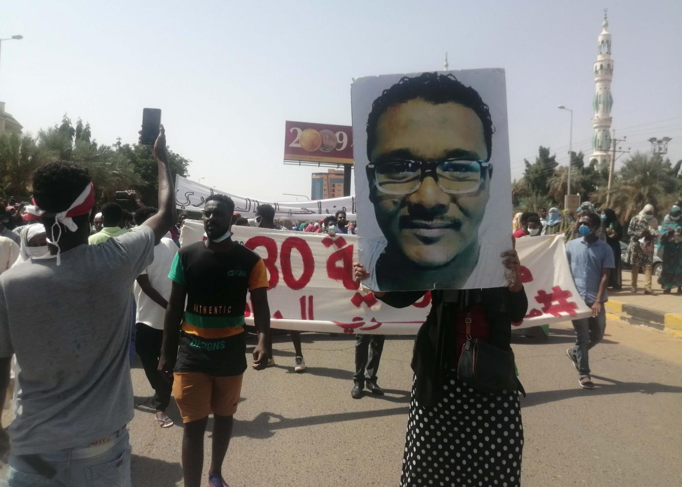 Proteste in Sudan. (Foto tratta dal portale Middle East Eye)