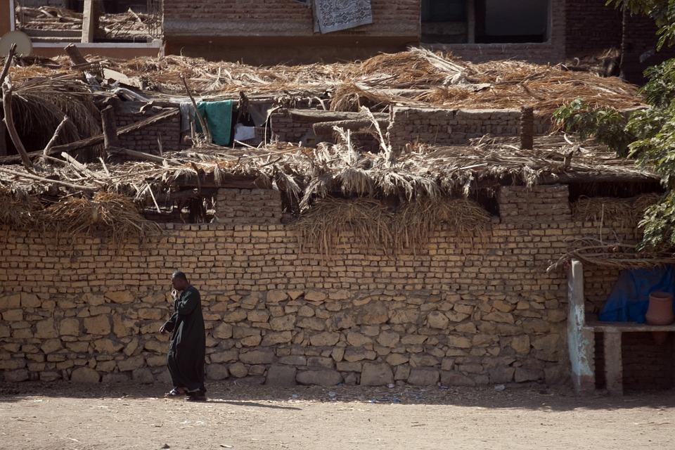 Una casa di fango, al Cairo