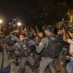 Escalation di violenze israeliane, arresti e uccisioni nei Territori occupati palestinesi