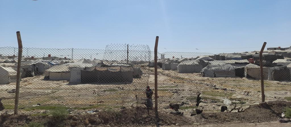 Il confine del campo di al-Hol, Rojava (Foto: Chiara Cruciati)