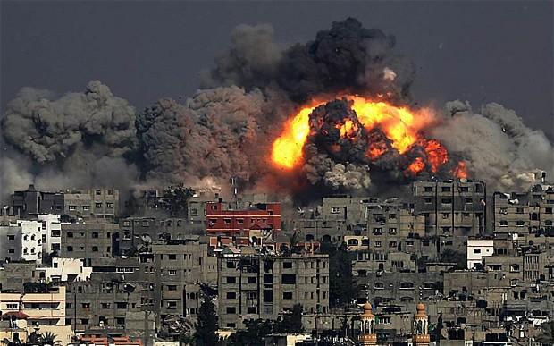 Raid su Gaza durante l'offensiva Margine Protettivo