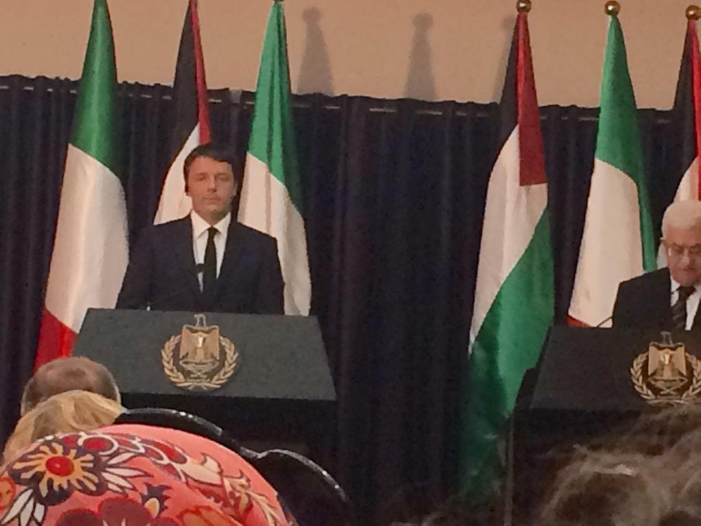 Renzi e il presidente palestinese Abu Mazen